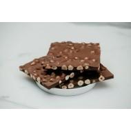 Sütlü Fındıklı Beyoğlu Kırma Çikolata Kahverengi Konik Kutu