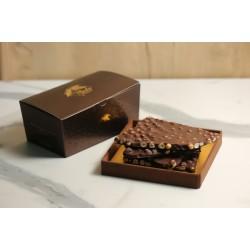 Bitter Fındıklı Beyoğlu Kırma Çikolata Kahverengi Konik Kutu